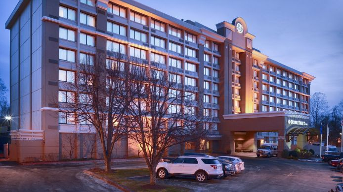 Exterior view DoubleTree by Hilton Norwalk