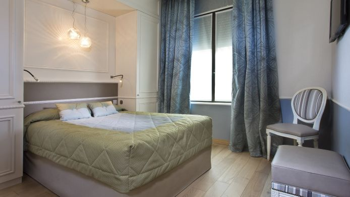 Double room (standard) Daumesnil Vincennes