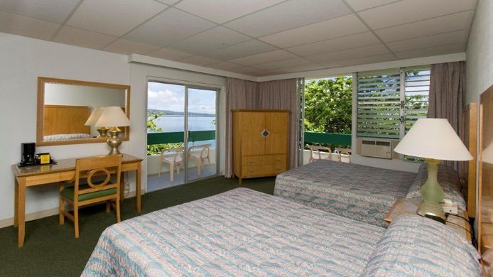 Room UNCLE BILLYS HILO BAY HOTEL
