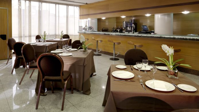 Hotelbar Holiday Inn MADRID - PIRAMIDES