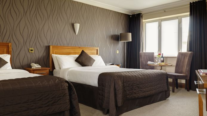 Family room Springhill Court Conference, Leisure & Spa