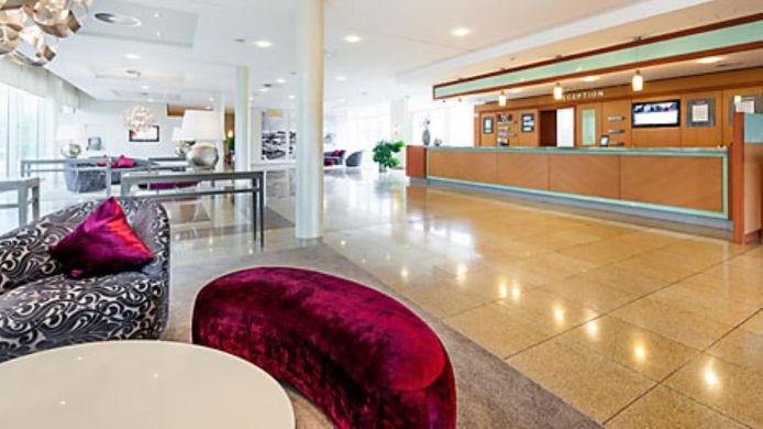 Reception Mercure Hotel Schweinfurt Maininsel