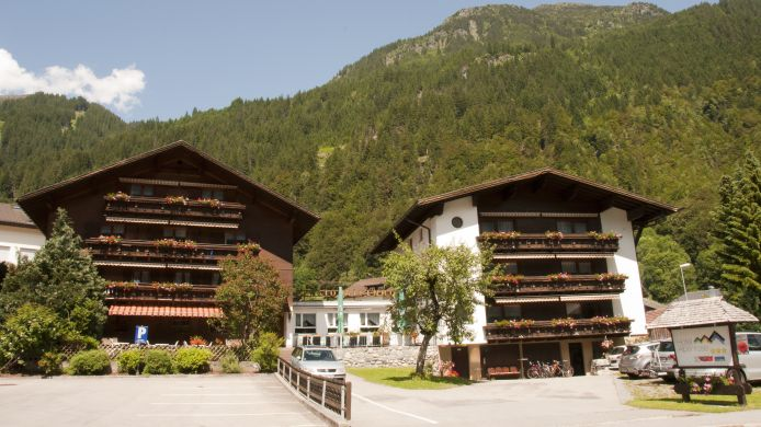 Exterior view Hotel-Pension Alpenrose