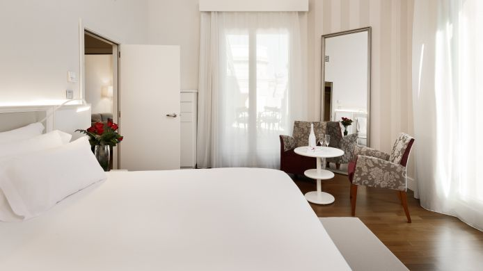 Double room (superior) NH Collection Madrid Abascal