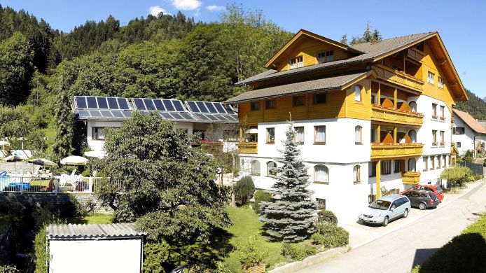 Exterior view Familienhotel Steindl