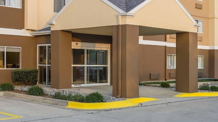 Buitenaanzicht Fairfield Inn & Suites Holland