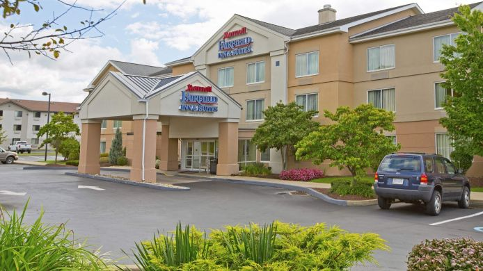 Exterior view Fairfield Inn & Suites Pittsburgh New Stanton