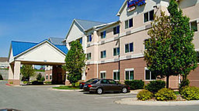 Exterior view Fairfield Inn Kansas City Independence