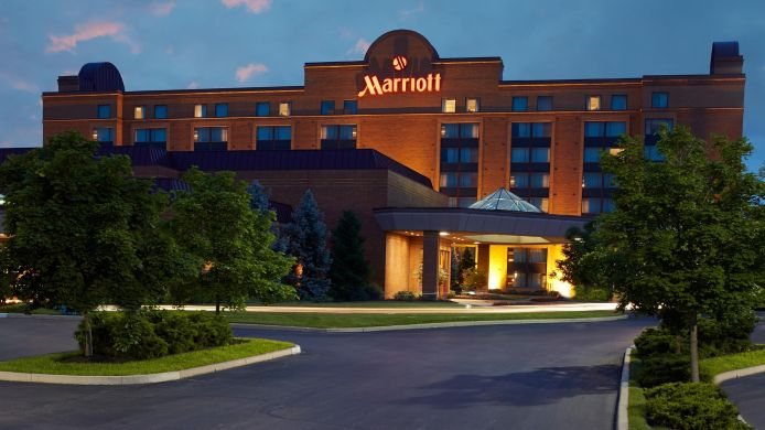 Exterior view Cincinnati Airport Marriott