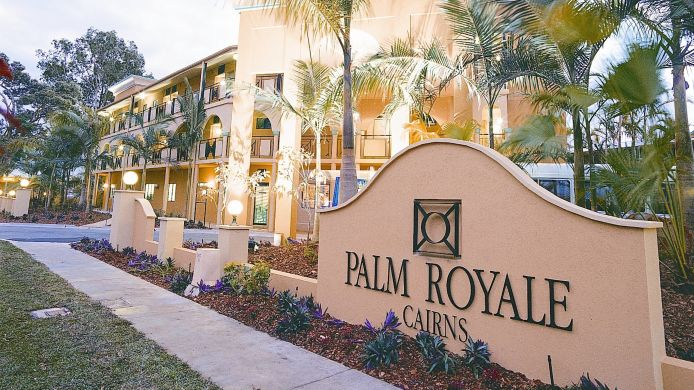 Exterior view PALM ROYALE CAIRNS