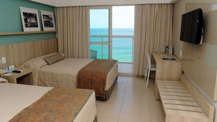 Room with a sea view Monte Pascoal Praia