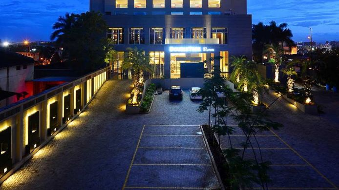 Exterior view DoubleTree by Hilton Pune-Chinchwad