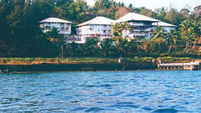 Buitenaanzicht Fortune Resort Bay Island