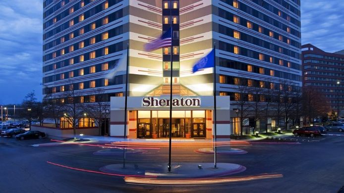 Exterior view Sheraton Chicago O'Hare Airport Hotel