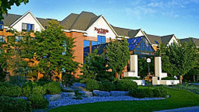 Buitenaanzicht Four Points by Sheraton St. Catharines Niagara Suites