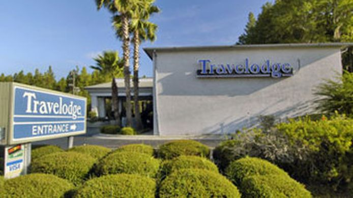 Exterior view TRAVELODGE LAKE CITY