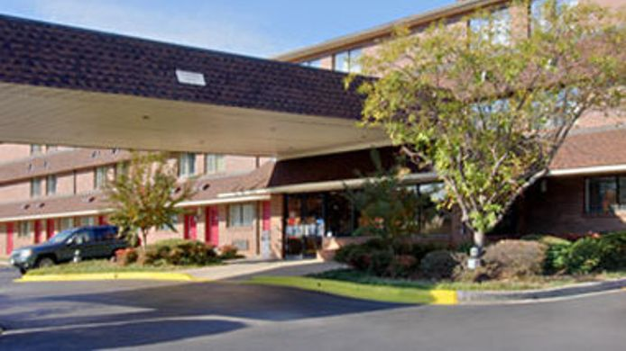 Exterior view TRAVELODGE COLUMBIA WEST - 9736