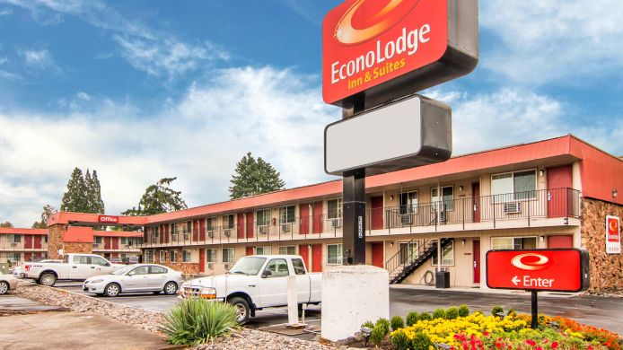 Exterior view Econo Lodge Inn & Suites Hillsboro - Portland West