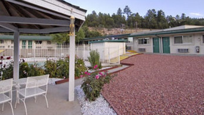 Exterior view TRAVELODGE RUIDOSO-11356