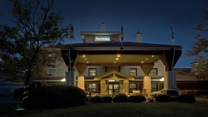 Exterior view TRAVELODGE OSHAWA WHITBY