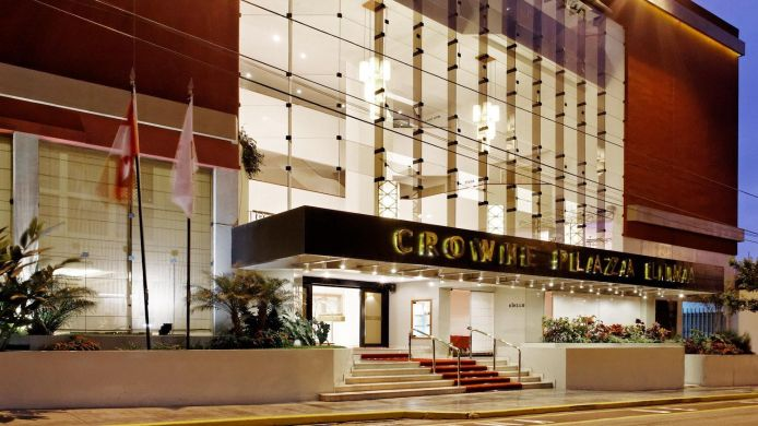 Exterior view Crowne Plaza LIMA