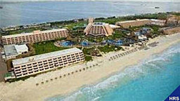 Buitenaanzicht GRAND OASIS CANCUN