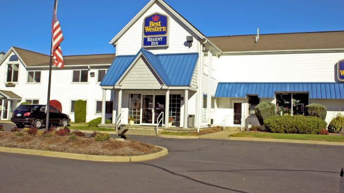Exterior view BEST WESTERN STORRS