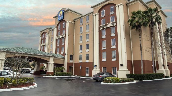 Exterior view Comfort Inn International