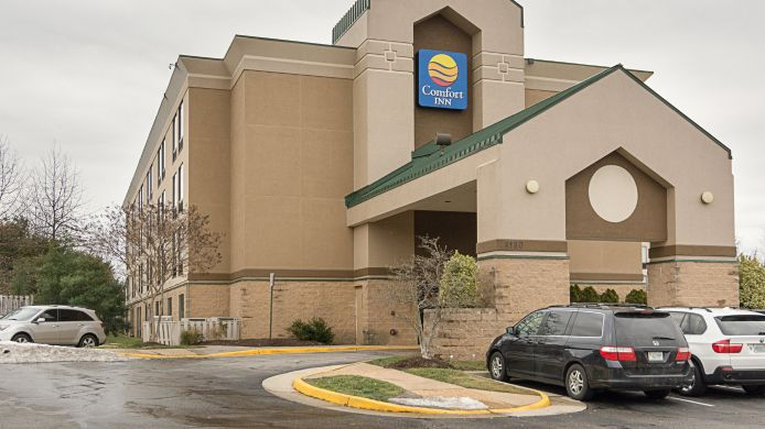 Exterior view Comfort Inn Gunston Corner Near Ft. Belvoir