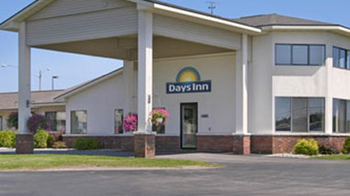Exterior view DAYS INN ALPENA