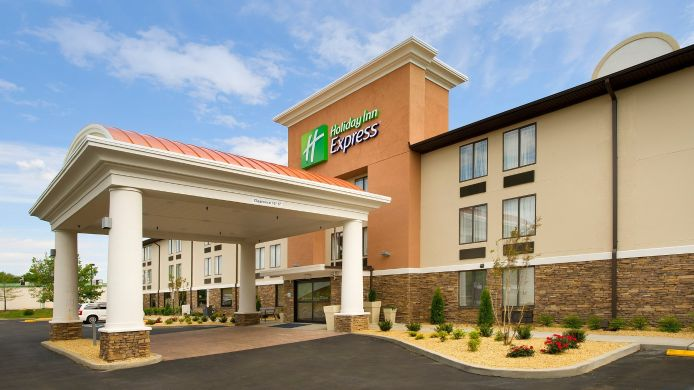 Exterior view Holiday Inn Express WALDORF