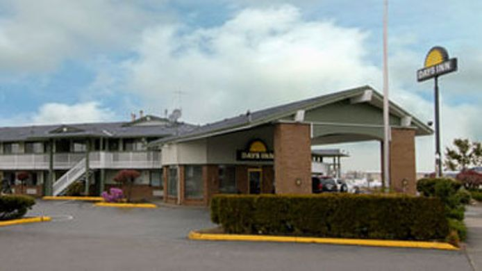 Exterior view DAYS INN AUBURN
