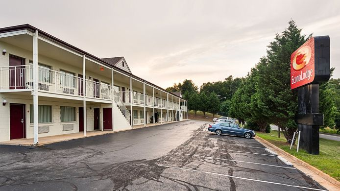 Exterior view Econo Lodge Lynchburg