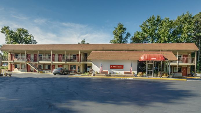 Buitenaanzicht Econo Lodge Parkway/Historic Area