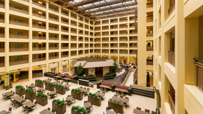 Buitenaanzicht Embassy Suites by Hilton Chicago North Shore Deerfield