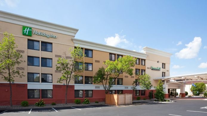 Buitenaanzicht Holiday Inn BLMGTN ARPT SOUTH- MALL AREA