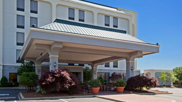 Exterior view Hampton Inn Louisville-Northeast KY