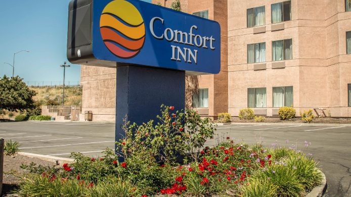 Exterior view Comfort Inn Silicon Valley East