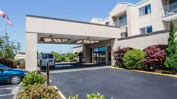 Exterior view Quality Inn Grand Suites Bellingham