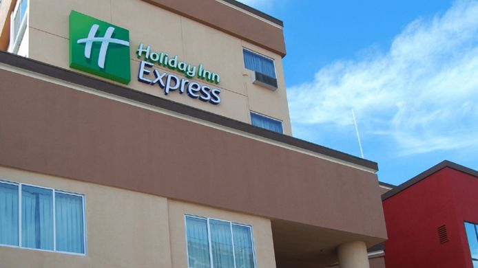 Exterior view Holiday Inn Express & Suites LOS ANGELES DOWNTOWN WEST