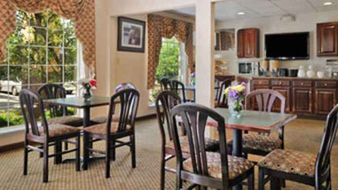 Exterior view RAMADA LIMITED LEXINGTON