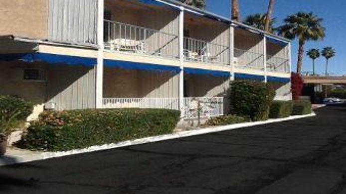 Exterior view TRAVELODGE PALM SPRINGS