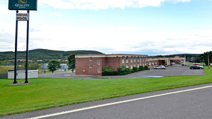 Exterior view Travelodge Edmundston