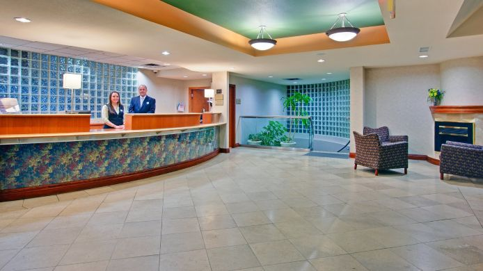 Lobby Holiday Inn WEST KELOWNA