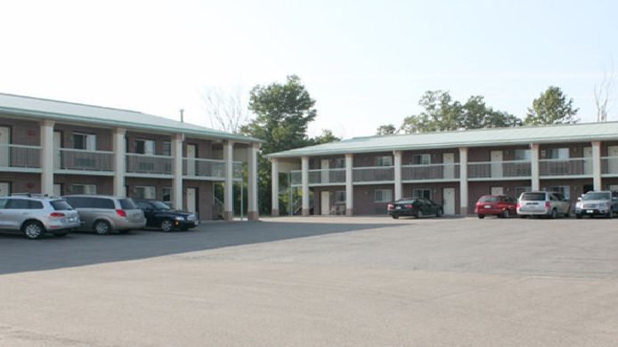 Exterior view Quality Inn & Suites 1000 Islands