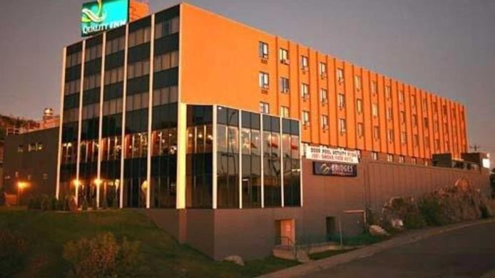 Buitenaanzicht Quality Inn & Conference Centre Downtown