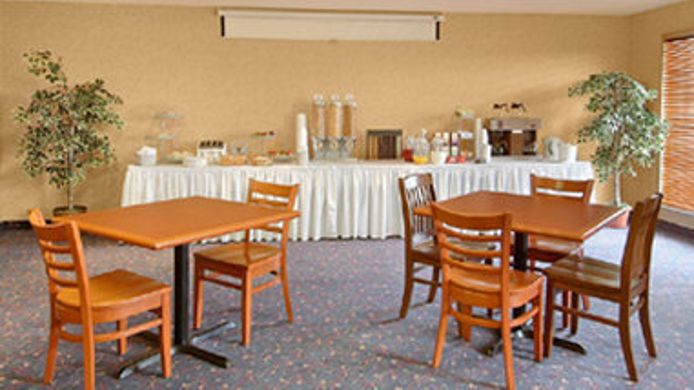 Buitenaanzicht DAYS INN BRANTFORD