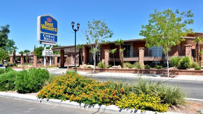 Exterior view BEST WESTERN CORAL HILLS