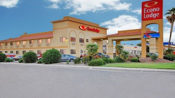 Exterior view Econo Lodge Las Cruces