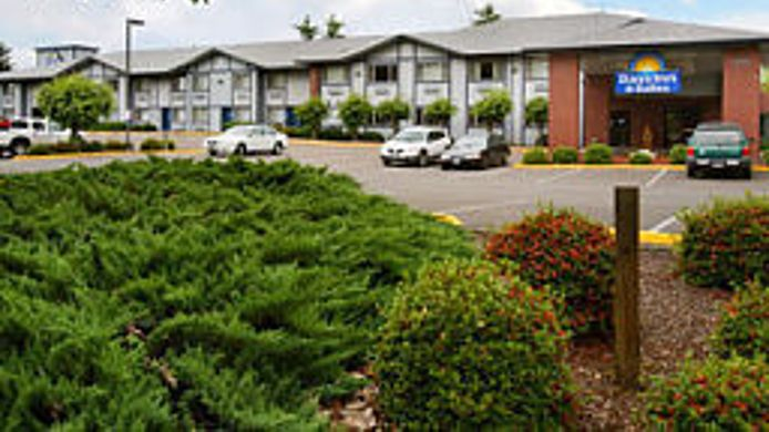 Buitenaanzicht Days Inn And Suites Wilsonville